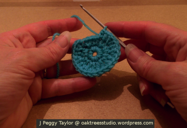 Crochet card tutorial - crochet snowman head